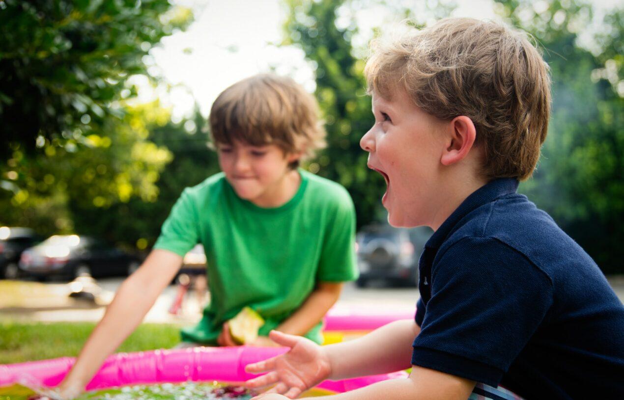 Ako zariadiť ihrisko pre deti v záhrade